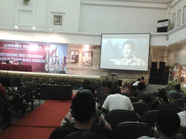 Presentasi Gerakan Desa Membangun dalam Jambore Seknas Jokowi