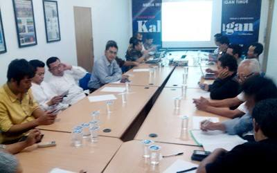 Seminar Dengan Tema Bedah Undang-Undang Desa No. 6 Tahun 2014