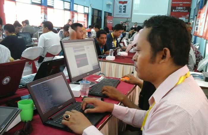 gedhe foundation bagi aplikasi desa di hackaton banyumas
