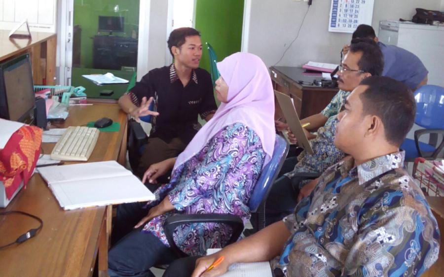 pelatihan sistem informasi di desa gebangsari